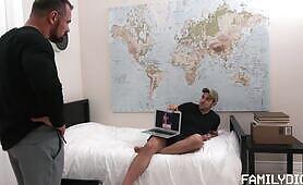My Dad's a Pervert Chapter 3: Bedroom's Fuck